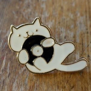 Kitty Cat & LP Record Enamel Pin Badge NWOT